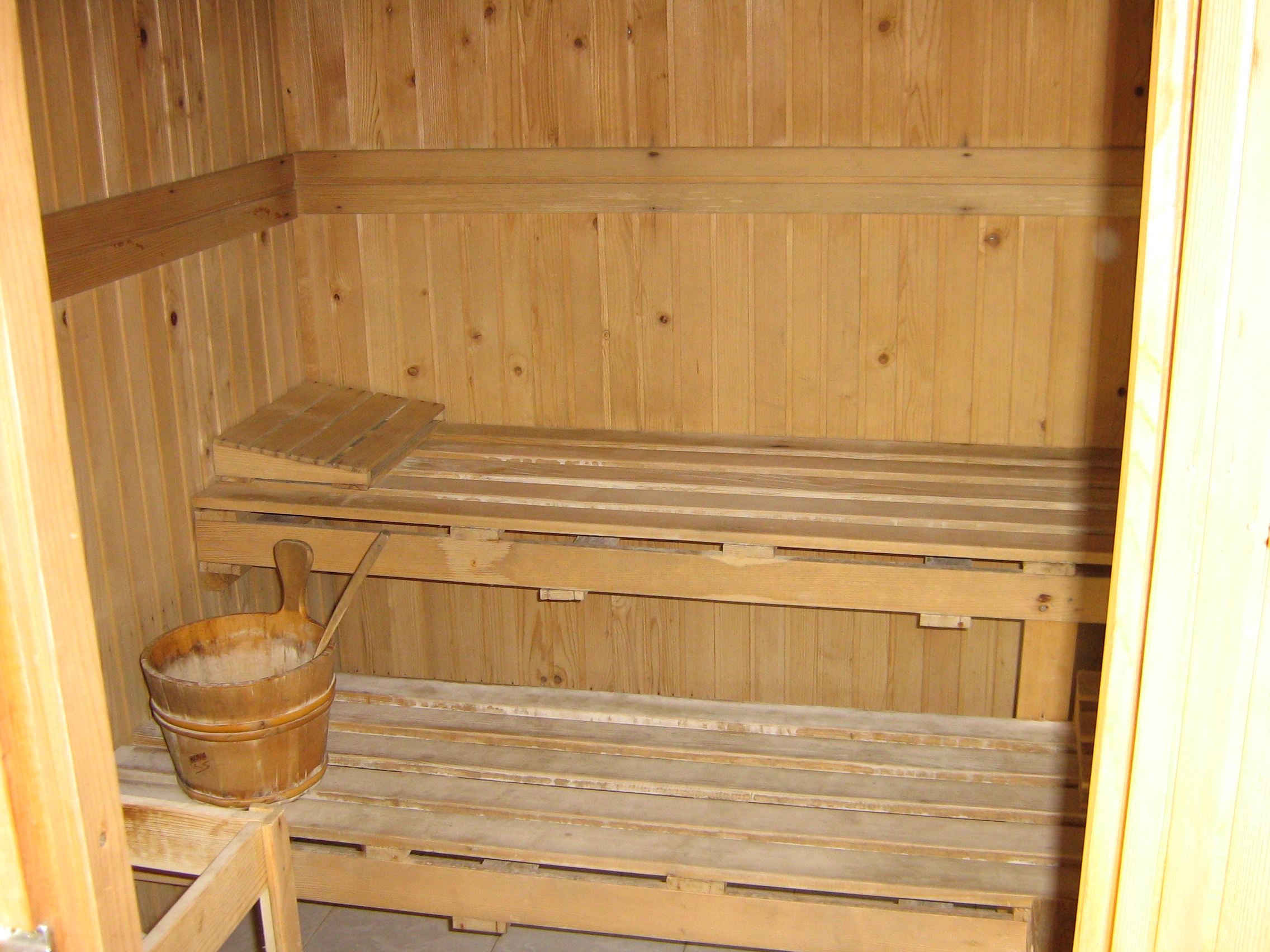 finnish sauna m f. Black Bedroom Furniture Sets. Home Design Ideas